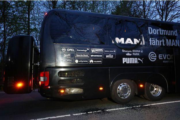 Deux personnes avaient été blessées dans l'attaque contre le bus, en avril dernier.