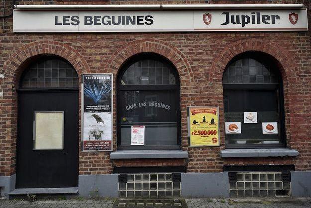 """Le bar """"Les Beguines"""" que Brahim Abdeslam tenait à Molenbeek, son premier emploi après des années de chômage."""