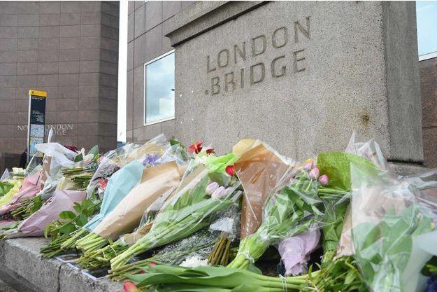 Des fleurs ont été déposées sur le London Bridge (photo d'illustration)