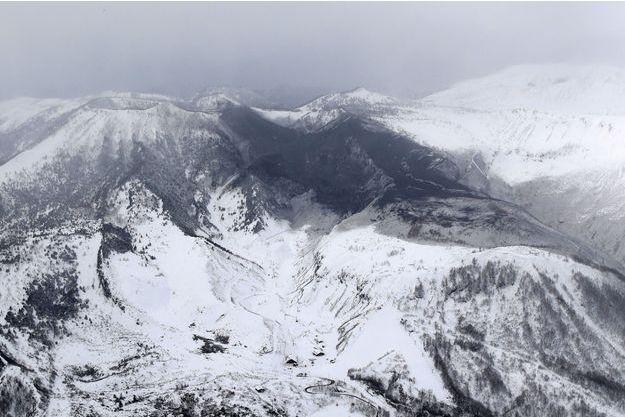 Le mont Kusatsu Shirane au Japon.