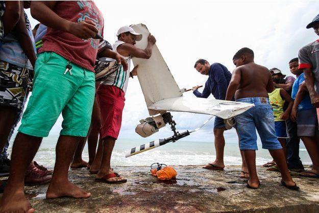 L'hélicoptère écrasé au large de Recife au Brésil, le 23 janvier 2018