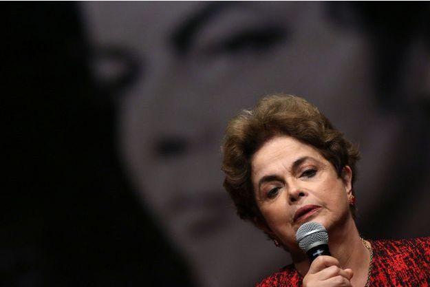 Le procès en destitution de Dilma Rousseff s'est ouvert ce jeudi.