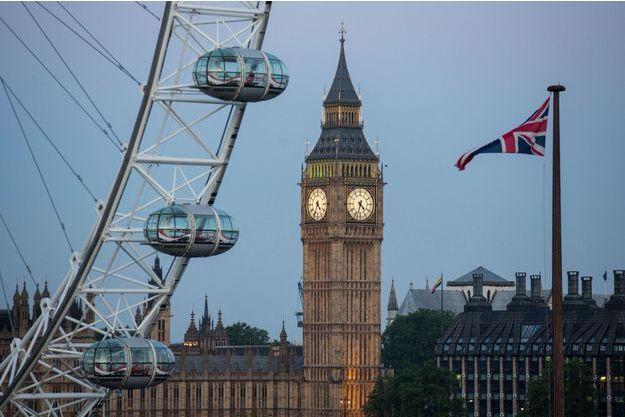Le drapeau de l'Union Jack flotte à Londres (photo d'illustration)