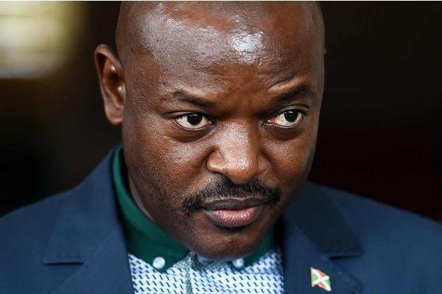 Le Burundi a plongé dans une grave crise depuis que le président Pierre Nkurunziza a persisté à se présenter pour un troisième mandat il y a près d'un an.