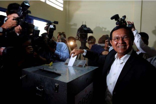 Kem Sokha du Parti du sauvetage national du Cambodge (CNRP) est toujours emprisonné.