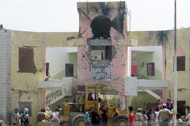 L'attentat commis ce lundi à Aden a fait au moins 71 morts.
