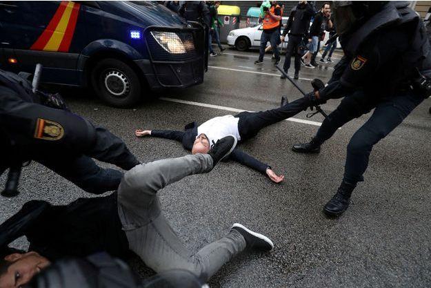 Violences subies par les indépendantistes catalans lors du référendum illégal du 1er octobre 2017.