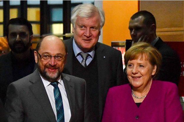 Martin Schulz, du SPD, Horst Seehofer, de la CSU, et la chancelière Angela Merkel, de la CDU, le 2 février à Berlin.