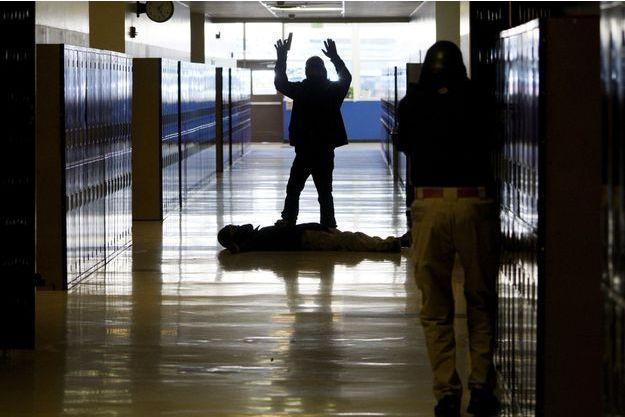 A Denver, dans le Colorado, une simulation d'attaque dans une école par un tireur, le 3 avril dernier.