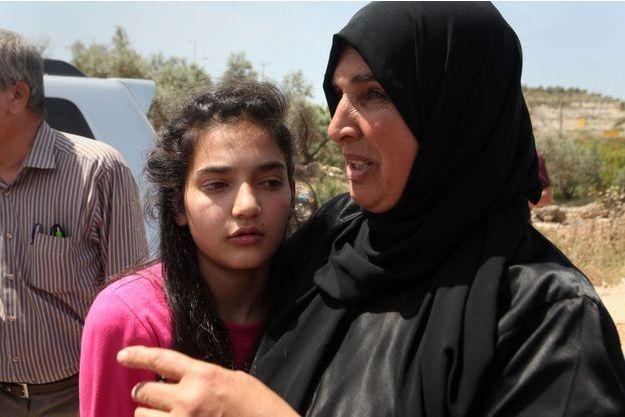 Dima al-Wawi a retrouvé ses parents après avoir été libérée.
