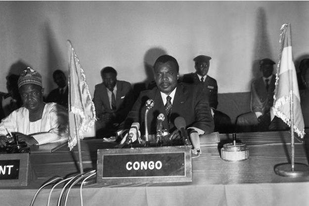 Décembre 1980, au sommet des chefs d'etat de l'U.D.E.A.C. L'ancien militaire Denis Sassou Nguesso est au pouvoir depuis 1979 à l'exception d'une brève interruption.
