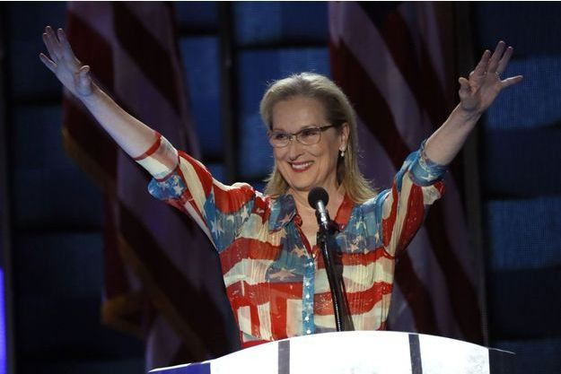 "Meryl Streep porte la fameuse ""flag dress"""