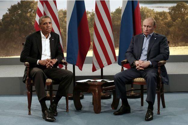 Barack Obama et Vladimir Poutine lors du G8, en Irlande.