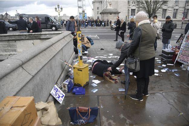 Près de la scène où les coups de feu ont été entendus à Londres, le 22 mars 2017.