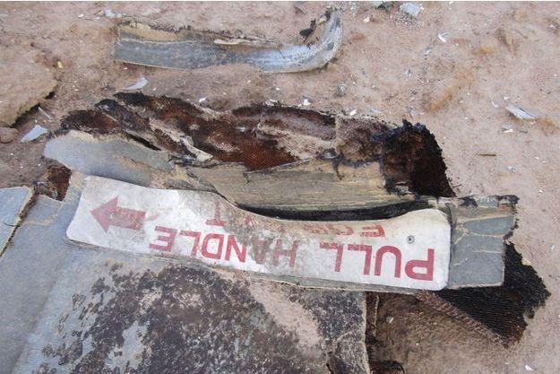 Des débris de l'avion d'Air Algérie.