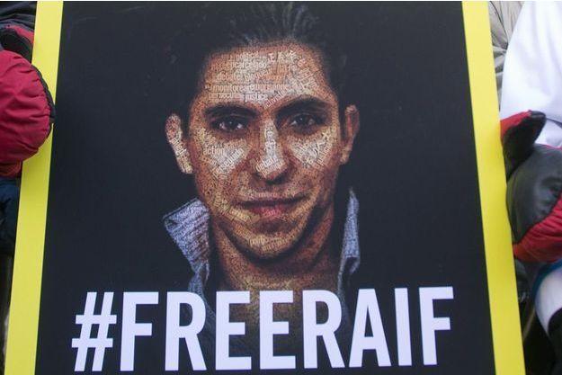 Un slogan est né sur les réseaux sociaux : #FreeRaif