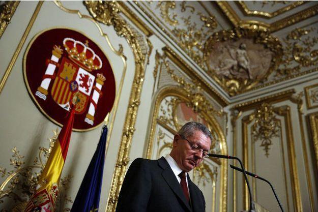 Alberto Ruiz-Gallardon a présenté sa démission dans la foulée de l'annonce de Rajoy.
