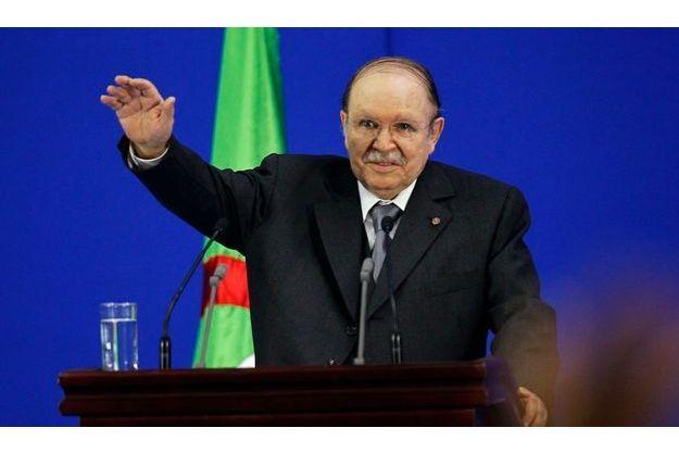 Le président Boutelfika est ressorti vainqueur des élections législatives anticipées.