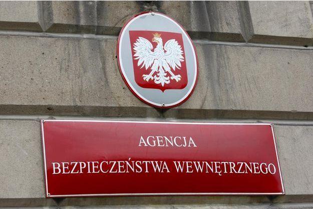 Une Russe a été expulsée de Pologne, interpellée par le contre-espionnage polonais (ABW).