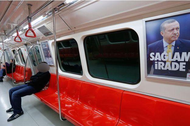 Un rame de métro à Istanbul (Image d'illustration).
