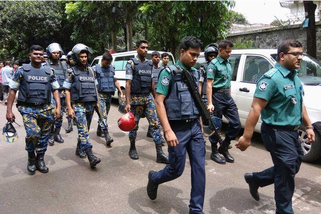 L'opération à Dacca, où une prise d'otages a eu lieu vendredi 1er juillet au restaurant Holey Artisan, est terminée.
