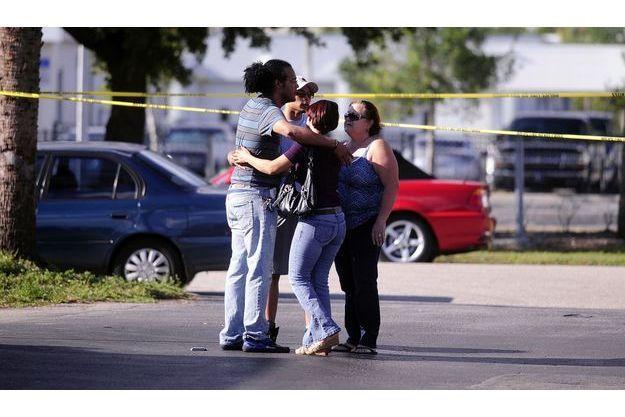 La famille de l'une des victimes, Noelia Gonzalez-Brito est effondrée après avoir appris sa mort.
