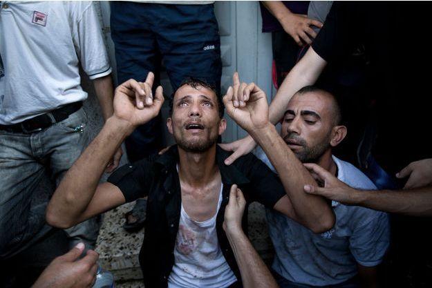 L'hôpital d'Al-Shifa de Gaza a été visé lundi. Les deux parties belligérantes se rejettent la responsabilité de l'attaque mais les victimes innocentes, elles, se comptent en dizaines.