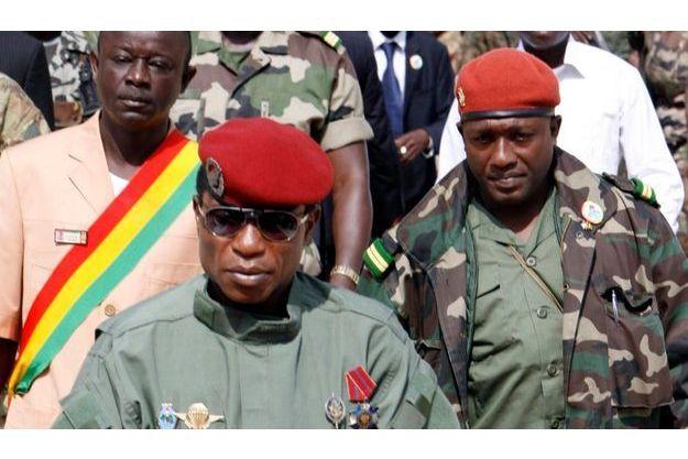 Aboubacar «Toumba» Diakité (à droite) a tenté d'assassiner Moussa Dadis Camara.