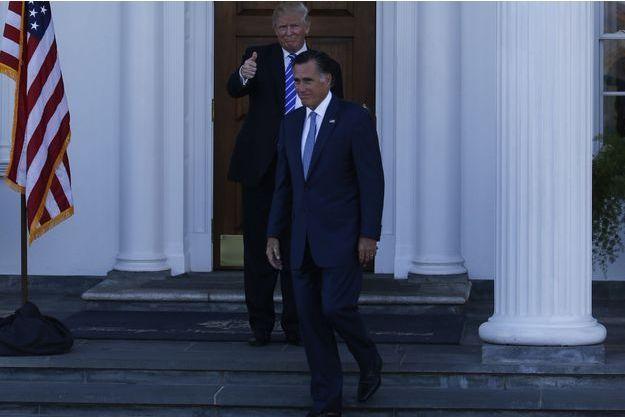 Mitt Romney quittant son entretien avec Donald Trump dans le New Jersey, le 19 novembre.