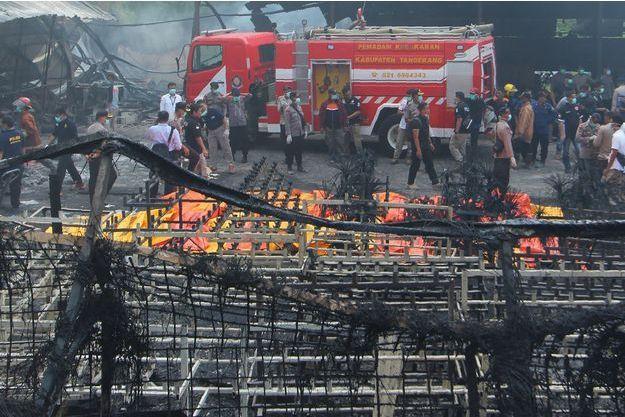L'incendie dans l'usine de feux d'artifice a causé la mort d'au moins 47 personnes.