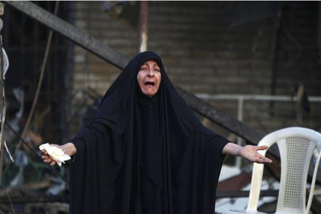 Une femme en larmes, en Irak, en octobre dernier.