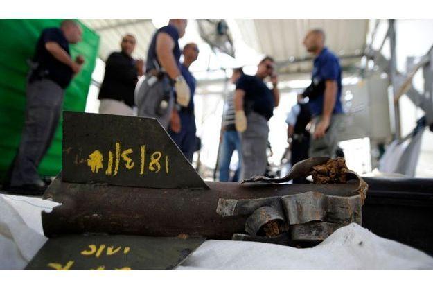 Les experts exposent la roquette qui a coûté la vie à un ouvrier thaïlandais