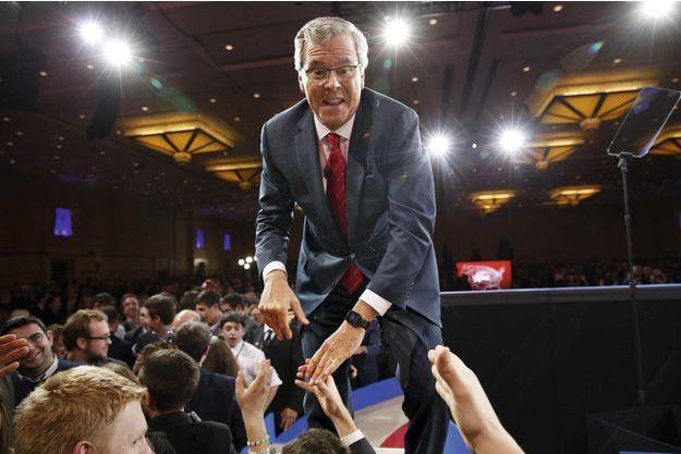 Bain de foule pour Jeb après un discours dans le Maryland, en février dernier.