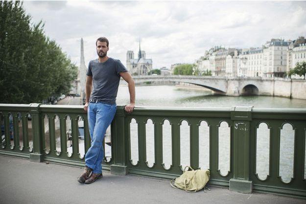 Jonathan Alpeyrie, 34 ans, jeudi 25juillet, le lendemain de son arrivée à Paris. Il a perdu 6 kilos durant sa détention. «Je veux immédiatement reprendre ma vie où je l'ai laissée.»