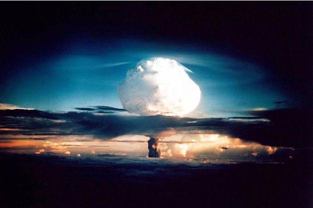 Le test américain d'une Bombe H en 1952.