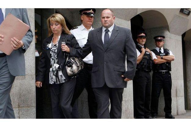 La mère de James Bulger, au sortir du tribunal Old Bailey de Londres