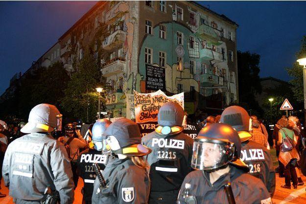 L'émeute s'est produite dans la nuit de samedi à dimanche