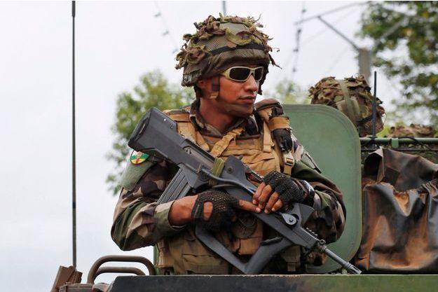 Un soldat français, mercredi, à Bangui.