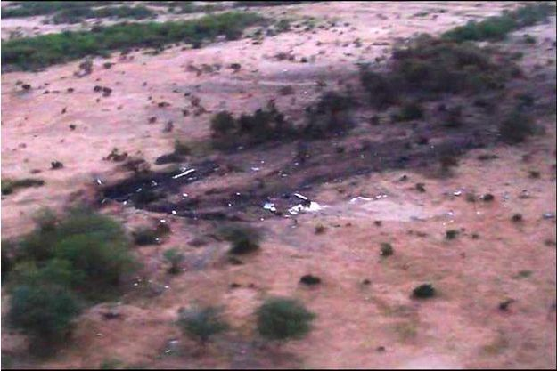 L'armée avait publié dès vendredi des photos des lieux du crash de l'avion d'Air Algérie qui s'est écrasé dans l'Est du Mali, jeudi, faisant 118 morts.