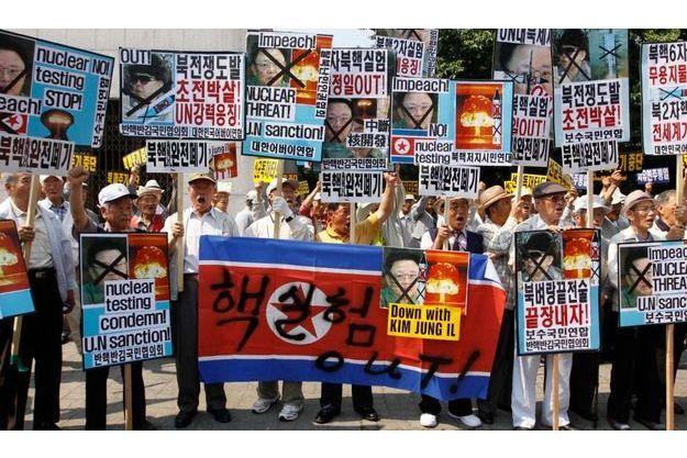 Des manifestations ont éclaté à Séoul.