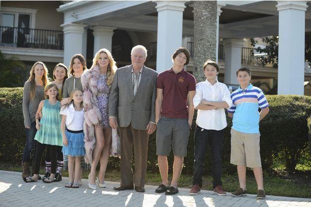 La famille Siegel photographiée en janvier dernier. Victoria, 18 ans, se trouve à la droite de sa mère.