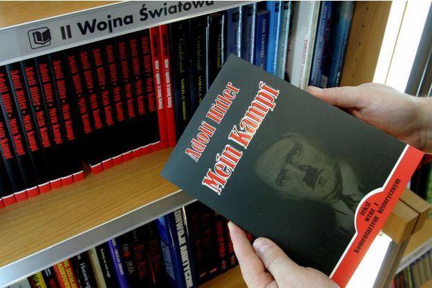 """""""Mein Kampf"""" tombera dans le domaine public au 1er janvier 2016."""