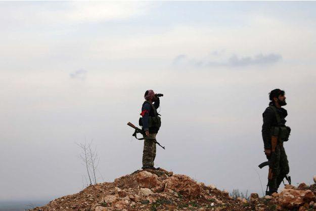 Des soldats syriens en appui de l'armée turque près d'Afrine.