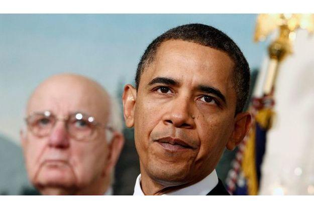 Barack Obama et Paul A. Volcker, l'ancien président de la Réserve fédérale.