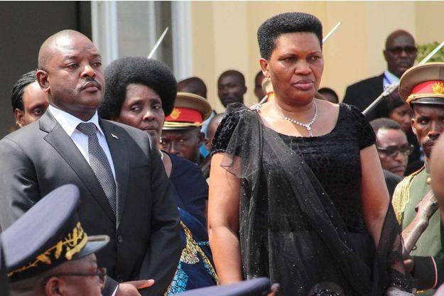 Le président Pierre Nkurunziza, ici avec la Première dame Denise Nkurunziza , refuse de dialoguer avec le Cnared, qui s'opposait à son troisième mandat.