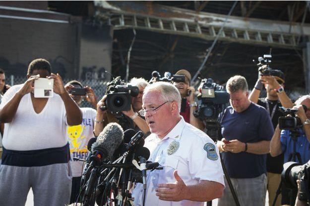 Le chef de la police de Ferguson, Thomas Jackson, a dévoilé ce vendredi l'identité du policier responsable de la mort de Michael Brown.