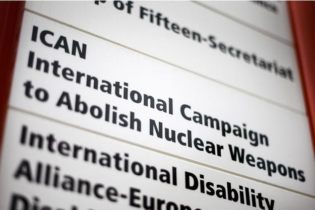 Le prix Nobel de la paix a été décerné à l'ICAN, la Campagne internationale pour l'abolition des armes nucléaires.