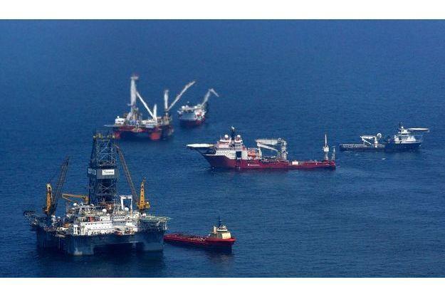 L'explosion de plateforme Deepwater Horizon le 20 avril 2010 a tué 10 personnes et causé la plus grande marée noire de l'histoire des Etats-Unis.