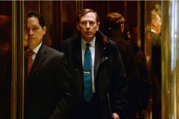 David Petraeus arrivant à la Trump Tower, le 28 novembre à New York.