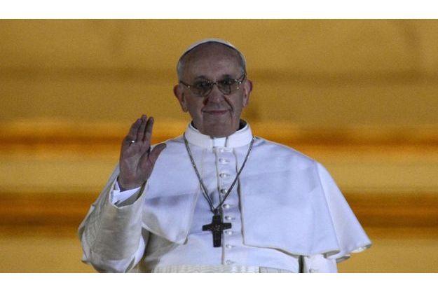 Fumée blanche au Vatican